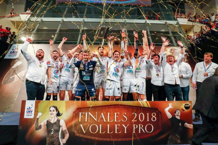 Tours crowned French Champions!