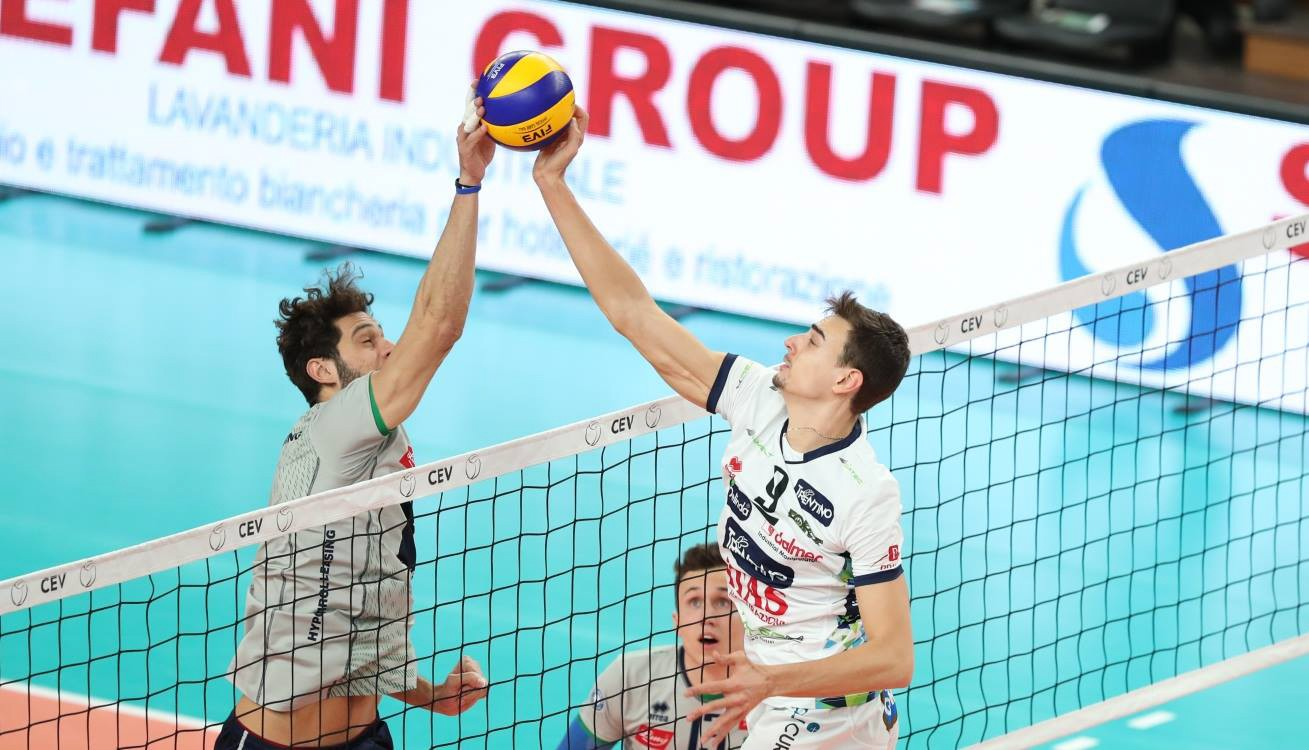 Trentino Volley beat Hypo Tirol AlpenVolleys in an all-Erreà derby